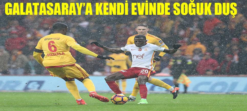 Galatasaray Kendi Saha ve Seyircisi Önünde Ters Köşe Oldu